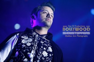 atif-aslam-bollywood-showstopers-2013.4