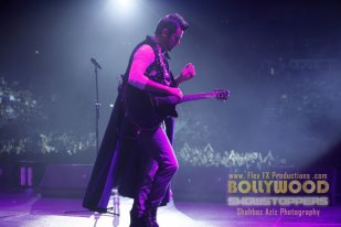 atif-aslam-bollywood-showstopers-2013.8