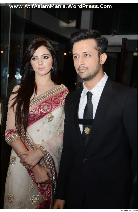 Atif-Aslam-&-Sarah-Aslam-at-Lux-Style-Awards-2013-3