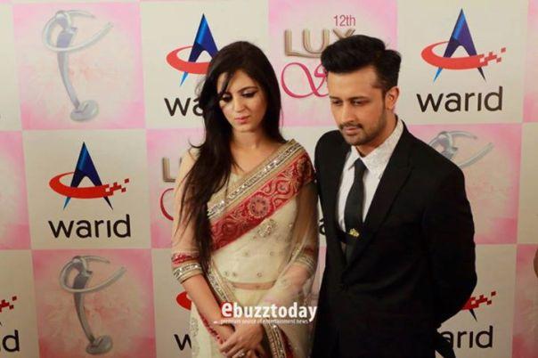 Atif-Aslam-&-Sarah-Aslam-at-Lux-Style-Awards-2013-5
