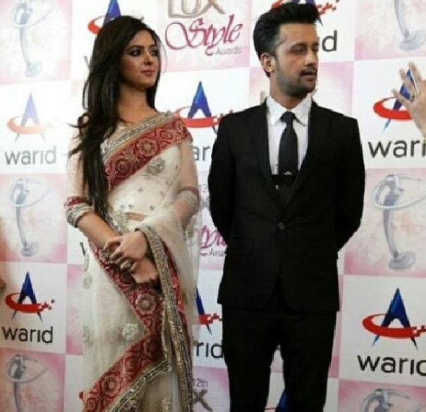 Atif-Aslam-&-Sarah-Aslam-at-Lux-Style-Awards-2013