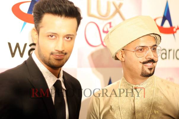Atif-Aslam-&-Shahzad-Aslam-at-Lux-Style-Awards-2013-2048x1366